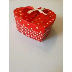 Piros szív alakú doboz nagy